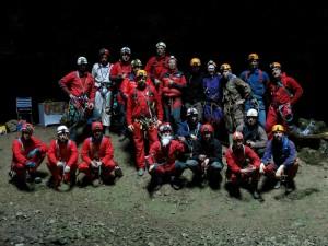 Gruppo di Speleo con Babbo Natale alla Grotta Noè