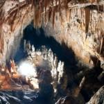 L'interno della grotta Le Torri di Slivia