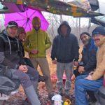 Foto di gruppo degli speleologi che hanno scoperto la nuova grotta sul Carso sloveno (da sinistra) Sebastjan e Zdenka Žitko, Jaka Petruša, Aljoša Volk, Niko Luin ed Emil Frankič (foto Petra Mezinec)