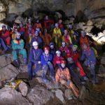 Giovani Alpinisti, Accompagnatori e Speleologi nel SALONE della grotta La Foos di Campone