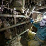 Così viene confermato anche il passaggio delle acque tra Trebiciano e Lazzaro. A conferma che due cavità attualmente in fase di scavo, Luftloch (in foto) e l'87VG presso Fernetti (punti 6 e 7 su mappa), raggiungeranno al termine dei lavori, il corso del Timavo sotterraneo. (foto: Sandro Sedran)